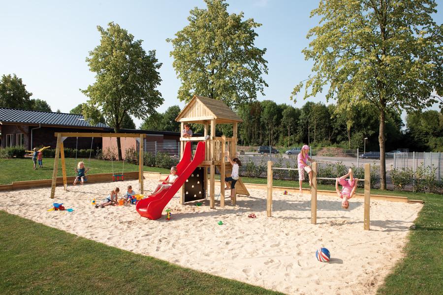 WINNETOO PRO Spielplatz mit Reck und Doppelschaukel