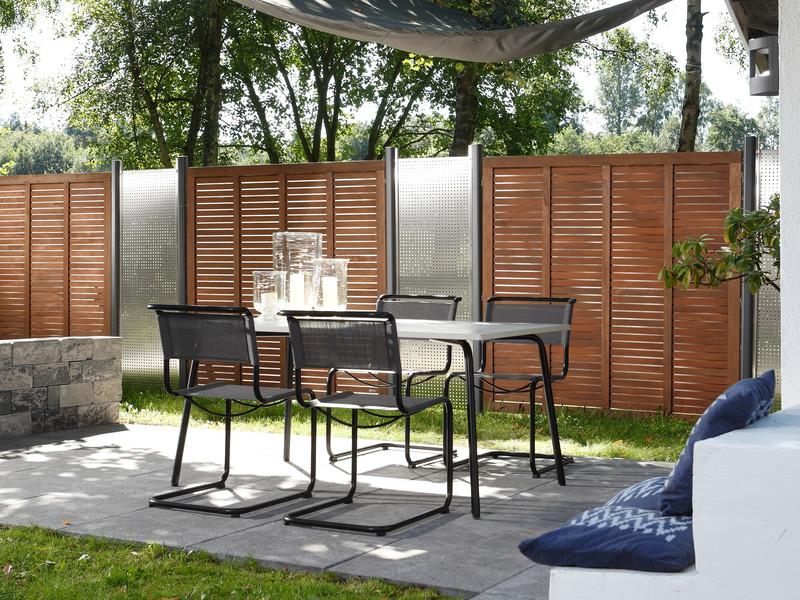 Sichtschutz im Garten - GRAZIA mit Designelementen aus Edelstahl