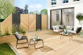 FLOW Anthrazit kombinert mit klassichem Sichtschutz aus Holz