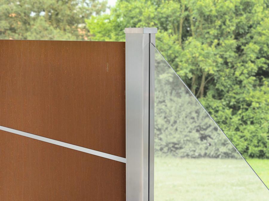 SYSTEM BOARD XL Rost Detail mit Klemmpfosten und Glas